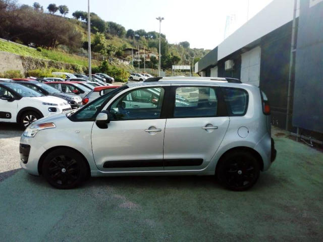 Left hand drive CITROEN C3 PICASSO 1.6 HDi 90 Exclusive